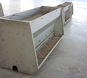 乳猪不锈钢料槽